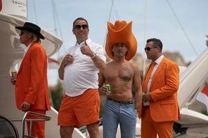 Dutch fans on a yacht