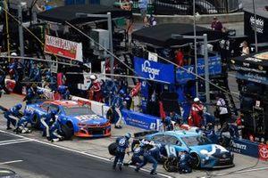 Martin Truex Jr., Joe Gibbs Racing, Toyota Camry Auto-Owners Insurance and Ricky Stenhouse Jr., JTG Daugherty Racing, Chevrolet Camaro NOS Energy Drink