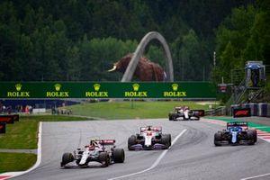 Antonio Giovinazzi, Alfa Romeo Racing C41,Nikita Mazepin, Haas VF-21,Esteban Ocon, Alpine A521,Kimi Raikkonen, Alfa Romeo Racing C41