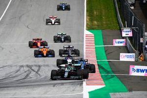 Lance Stroll, Aston Martin AMR21, Fernando Alonso, Alpine A521, George Russell, Williams FW43B, Daniel Ricciardo, McLaren MCL35M, and Yuki Tsunoda, AlphaTauri AT02