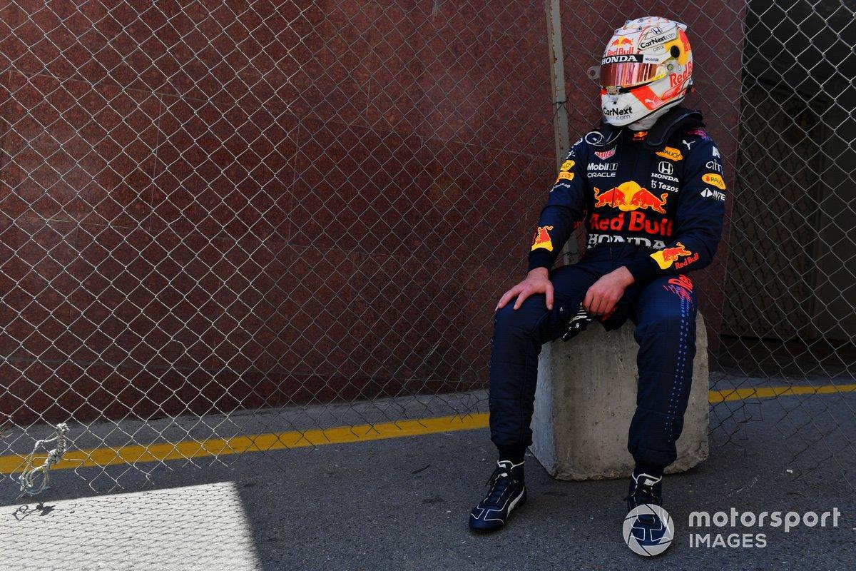 Max Verstappen, Red Bull Racing, tras su accidente