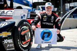 Pole award winner Josef Newgarden, Team Penske Chevrolet