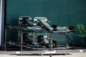 Aston Martin AMR21 front wing