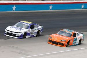 Jeb Burton, Kaulig Racing, Chevrolet Camaro Nutrien Ag Solutions, Harrison Burton, Joe Gibbs Racing, Toyota Supra Offerpad