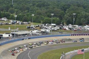 Daniel Hemric, Joe Gibbs Racing, Toyota Supra Poppy Bank, Kyle Busch, Joe Gibbs Racing, Toyota Supra M&M's