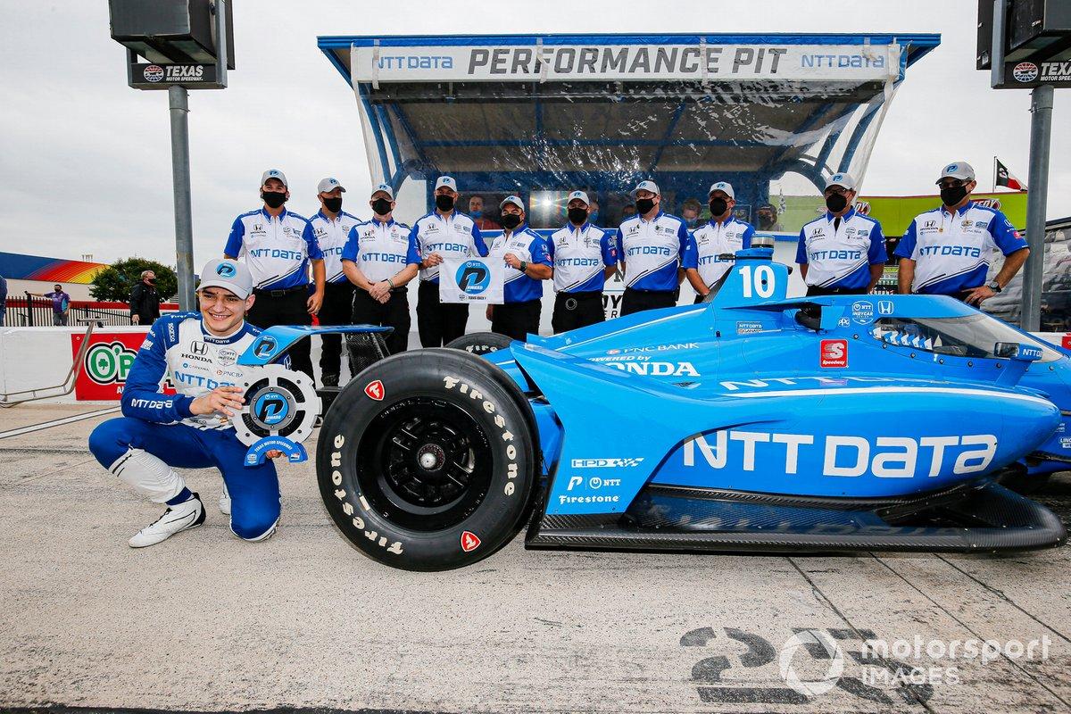 Ganador de la pole Alex Palou, Chip Ganassi Racing Honda
