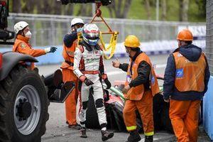 Rene Rast, Audi Sport ABT Schaeffler, Audi e-tron FE07 crashes into the wall