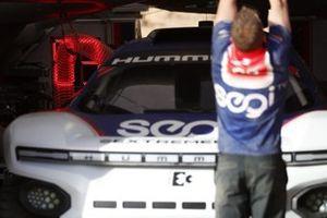 L'Odyssey 21 de Segi TV Chip Ganassi Racing en charge dans les stands