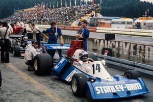 Bob Evans, Stanley BRM P201, Jean-Pierre Jarier, Shadow DN5