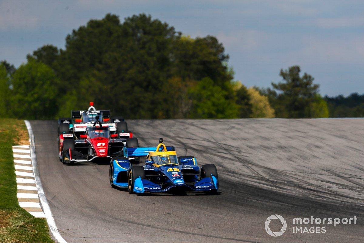 Jimmie Johnson, Chip Ganassi Racing Honda, Rinus VeeKay, Ed Carpenter Racing Chevrolet