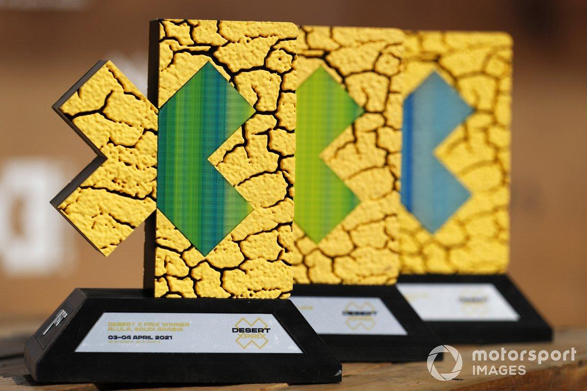 Los trofeos del Desert XPrix