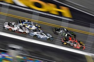 Martin Truex Jr., Joe Gibbs Racing, Toyota Camry and Kurt Busch, Chip Ganassi Racing, Chevrolet Camaro Monster Energy