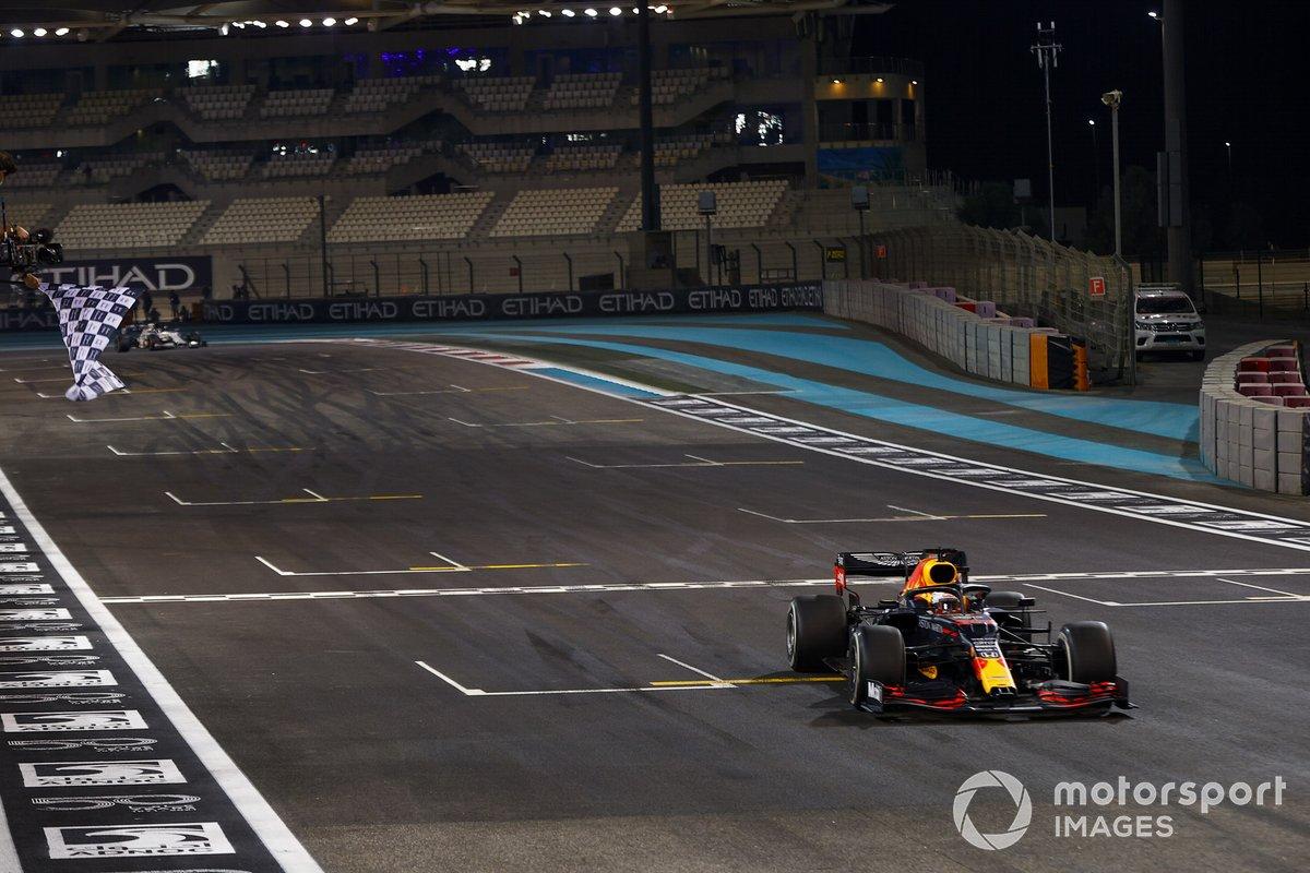 Max Verstappen - Red Bull Racing RB16 - GP de Abu Dhabi 2020