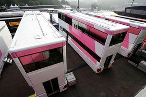 Les camions de Force India F1 sans logos Force India