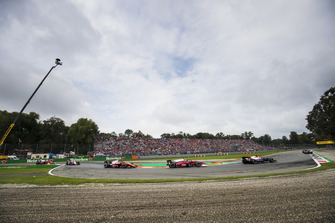 Louis Deletraz, Charouz Racing System,Nyck De Vries, PREMA Racing
