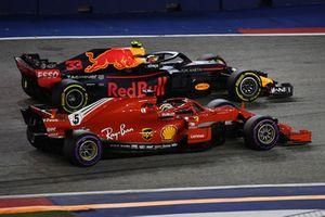 Sebastian Vettel, Ferrari SF71H y Max Verstappen, Red Bull Racing RB14