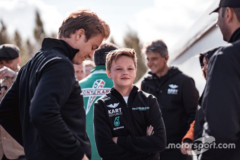 Nico Rosberg y Taylor Barnard