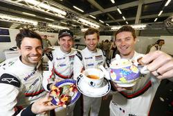 #91 Porsche Team Porsche 911 RSR: Richard Lietz, Frédéric Makowiecki and #92 Porsche Team Porsche 91