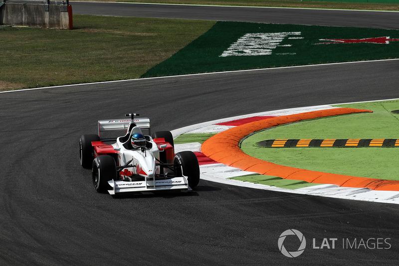 Ivan Capelli, F1 Experiences 2-Seater Driver