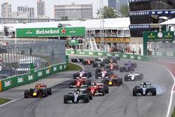 Lewis Hamilton, Mercedes AMG F1 W08, Valtteri Bottas, Mercedes AMG F1 W08, Sebastian Vettel, Ferrari SF70H, Max Verstappen, Red Bull Racing RB13