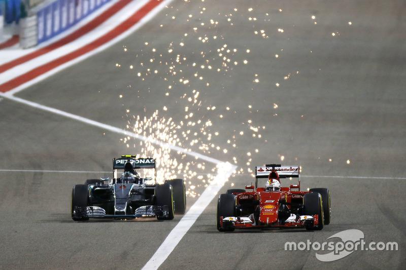 4 pilotos han conseguido dos veces la Pole Position en Bahrein: Sebastian Vettel, Lewis Hamilton, Michael Schumacher y Nico Rosberg