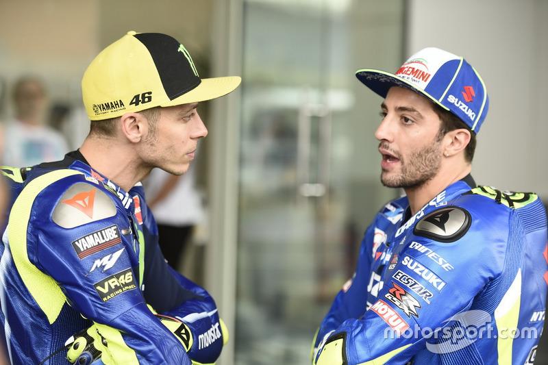 Valentino Rossi, Yamaha Factory Racing; Andrea Iannone, Team Suzuki MotoGP
