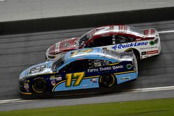 Ricky Stenhouse Jr., Roush Fenway Racing Ford, Ryan Blaney, Wood Brothers Racing Ford