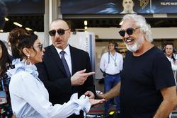 Президент Азербайджана Ильхам Алиев, его жена Мехрибан Алиева, и Флавио Бриаторе