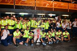 Lance Stroll, Williams fête son podium avec l'équipe