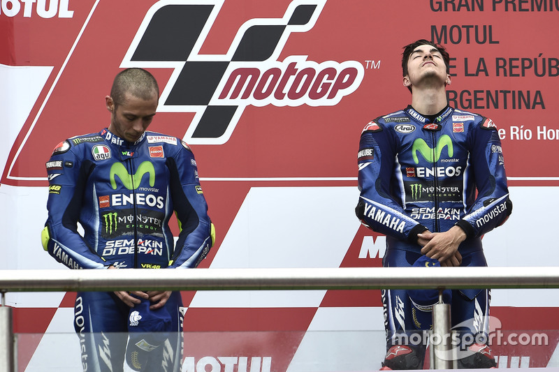 Podium: 1. Maverick Viñales, Yamaha Factory Racing; 2. Valentino Rossi, Yamaha Factory Racing