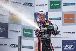 Podium, Joel Eriksson, Motopark, Dallara F317 - Volkswagen