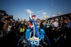 Winner Josef Newgarden, Team Penske Chevrolet celebrates in victory lane