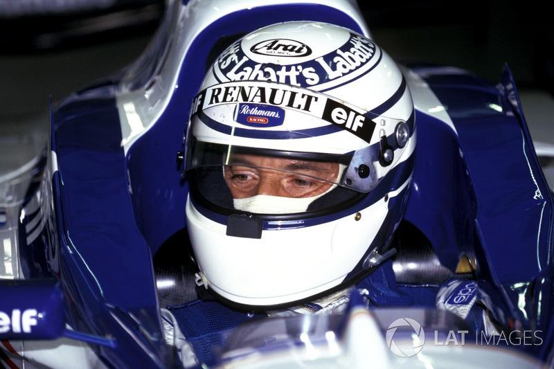 Riccardo Patrese en su test con el Williams Renault FW18 campeón del mundo (1996)