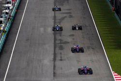 Carlos Sainz Jr., Scuderia Toro Rosso STR12, Pierre Gasly, Scuderia Toro Rosso STR12, Romain Grosjea