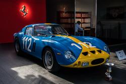 Des Ferrari exposées