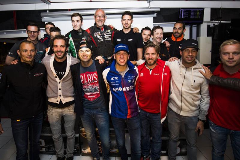 Foto di gruppo dei piloti