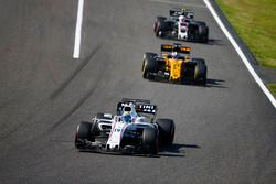 Felipe Massa, Williams FW40, Nico Hulkenberg, Renault Sport F1 Team RS17, Kevin Magnussen, Haas F1 T
