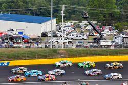 Крис Бушер, JTG Daugherty Racing Chevrolet, Ти Диллон, Germain Racing Chevrolet и Джей-Джей Йели