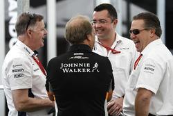 Mike O' Driscoll, PDG Williams Group, Bob Fernley, directeur adjoint, Force India, Eric Boullier, directeur de la compétition, McLaren, et Zak Brown, directeur exécutif, McLaren Technology Group