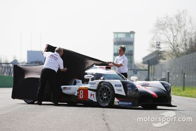 Toyota Gazoo Racing Toyota TS050 Hybrid, durante la presentación