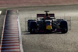 Max Verstappen, Red Bull Racing RB13, carries sensor equipment