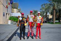 Yarış galibi Ralf Aron, 2. Joey Mawson, 3. Mick Schumacher
