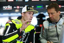 Aleix Espargaro, Aprilia Racing Team Gresini, et Marcus Eschenbacher