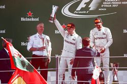 Second place Valtteri Bottas, Mercedes AMG F1, Race winner Lewis Hamilton, Mercedes AMG F1, receive