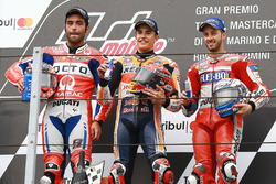 Podio: Ganador Marc Marquez, Repsol Honda Team, segundo Danilo Petrucci, Pramac Racing, y tercero Andrea Dovizioso, Ducati Team