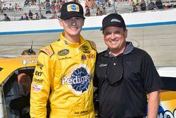 Todd Gilliland, Kyle Busch Motorsports, Toyota, mit Gästen