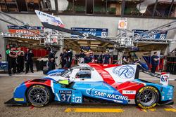 Práctica de pit stop para #37 SMP Racing BR01 Nissan: Vitaly Petrov, Viktor Shaytar, Kirill Ladygin
