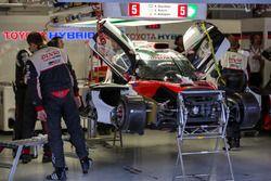 Yarış dışı: #5 Toyota Racing Toyota TS050 Hybrid: Sébastien Buemi, Kazuki Nakajima