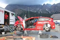 Luca Pedersoli, Anna Tomasi, Citroen C4 WRC al parco assistenza
