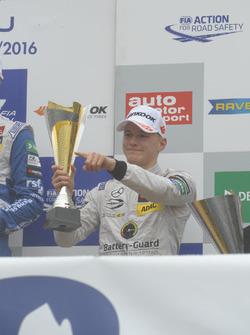 Подиум: Максимилиан Гюнтер, Prema Powerteam Dallara F312 – Mercedes-Benz,